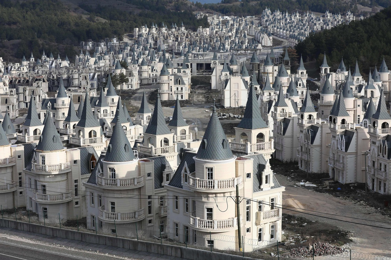 Заброшенный город Burji Al Babas