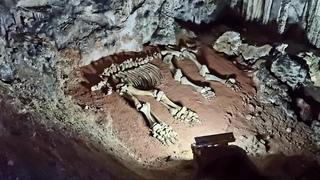 В гостях у пещерного мамонта, который слишком много ел. Огромная сказочная пещера в горах Крыма