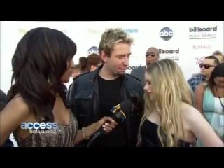 Avril Lavigne - Access Hollywood (Avril Lavigne & Chad Kroeger Billboard Music Awards 2013)