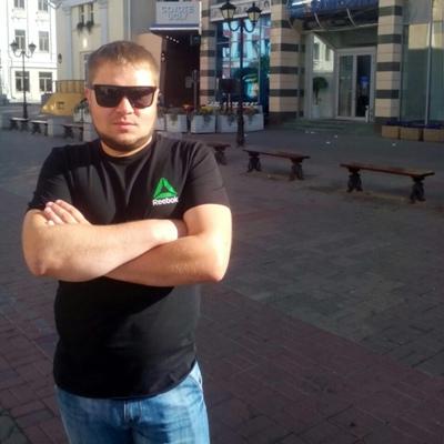 Артём Семёнов