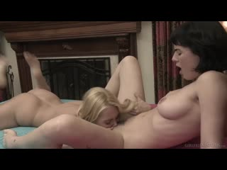 Aaliyah Love and Olive Glass [Lesbian]