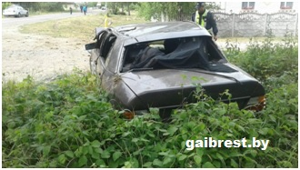"""В результате наезда на железобетонную стойку тяжело травмирован водитель """"бесправник"""""""