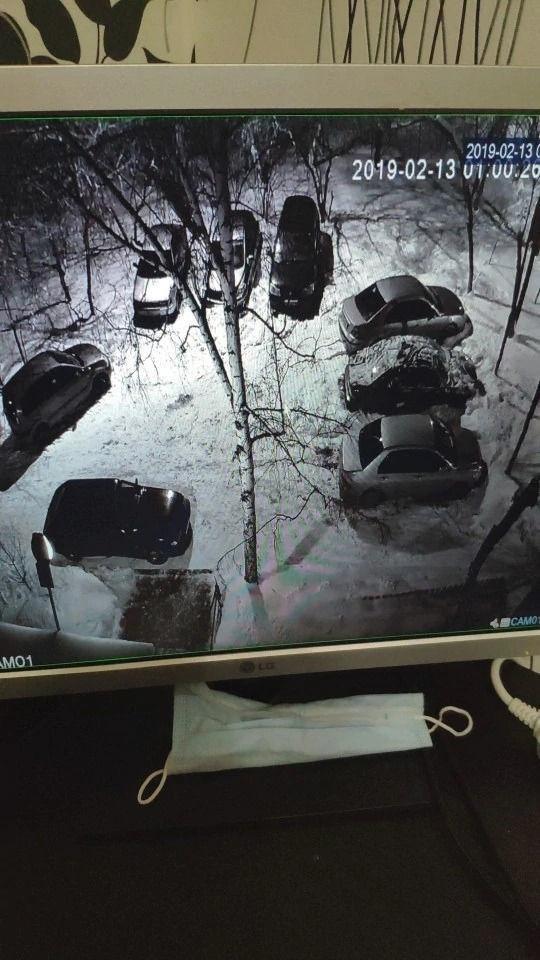 Камера на улицу, для наблюдением за парковочным...